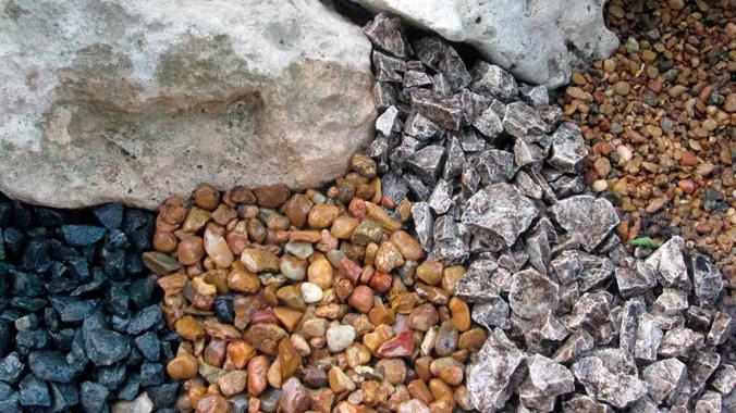 4-otlichiia-mezhdu-granitnym-graviinym-izvestniakovym-shchebnem